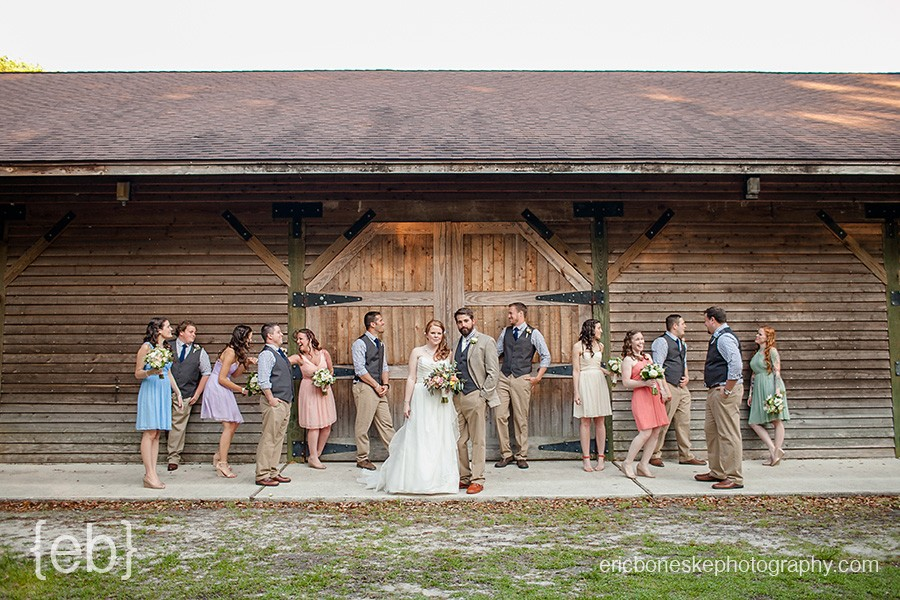 Poplar Grove, Poplar Grove Plantation, weddings, Photography, Photographers, Eric Boneske, Eric Boneske Photography, Rustic, Historic, Wilmington, NC, Outside, Barn, Pretty, Simple, Bouquet, Fun, Gorgeous