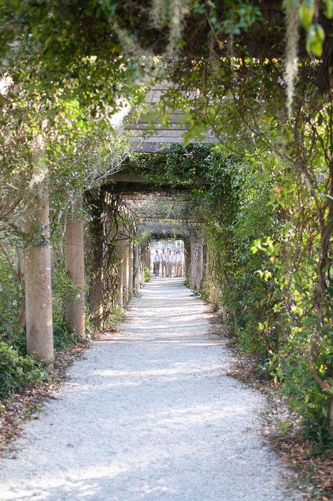Airlie Gardens weddings, Airlie, Airlie Gardens, Airlie Gardens Wedding, Garden, Green, Pink, Eric Boneske Photography, Southern wedding, Wilmington, Wedding, Photographer, Best Wilmington Photographers, Destination Wedding Photography