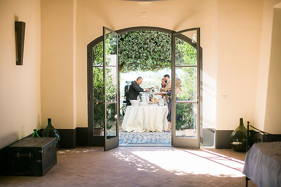 eric boneske photography, destination, travel, wedding photographer, Tuscany Italy, Italian, bride, groom, husband, wife, family, friends, reception, food table, gathering, memories, the big day,