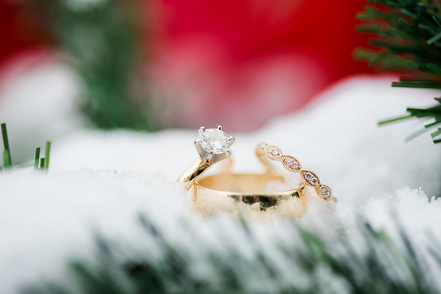 eric boneske photography, sedgefield country club, wedding day, engagement rings, wedding rings, diamonds, gold, snow, North Carolina, destination photographer