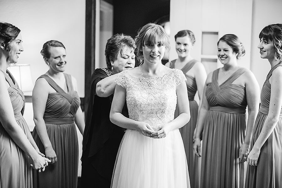friends, family, bridesmaids, maid of honor, engagement ring, wedding day, North Carolina, destination photographer, Wilmington nc, big day, bride, sedgefield country club, eric boneske photography, getting ready, brides jewelry,